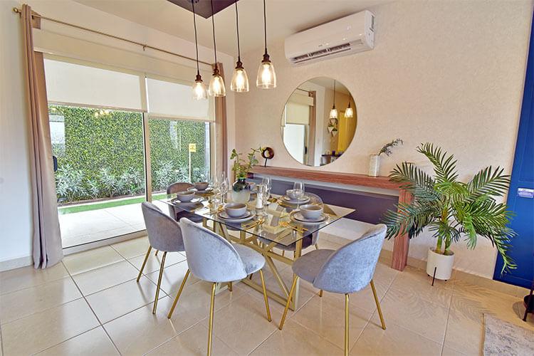 Comedor de casa modelo Milán 2 en Villas Toscana