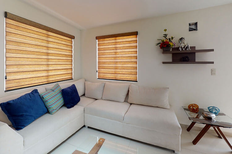 Sala de casa modelo Burdeos Plus.