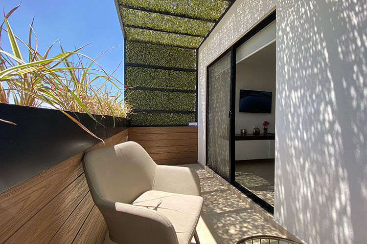 Balcón de recamara principal de casa modelo Galia en Lenna Residencial