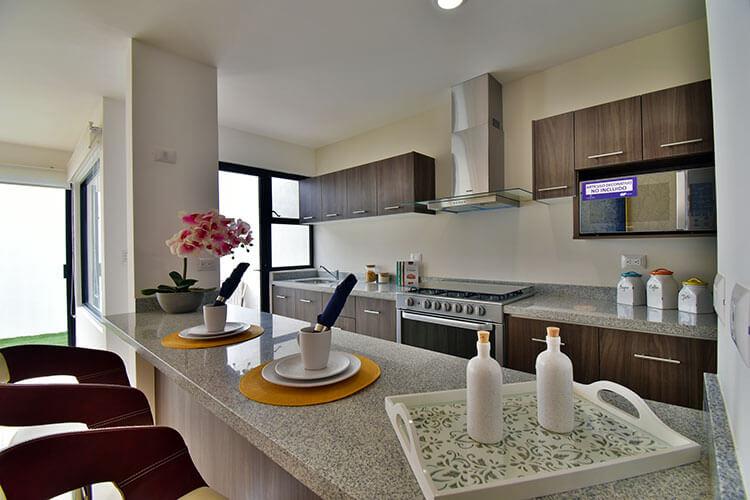 Cocina de casa modelo Galia en Lenna Residencial
