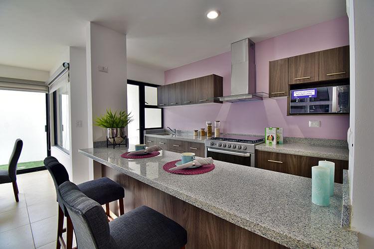 Cocina de casa modelo Lenor 2 en Lenna Residencial