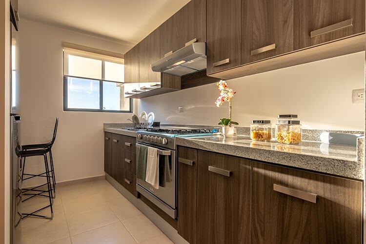 Cocina de casa modelo Lyra en Alhandra Residencial.