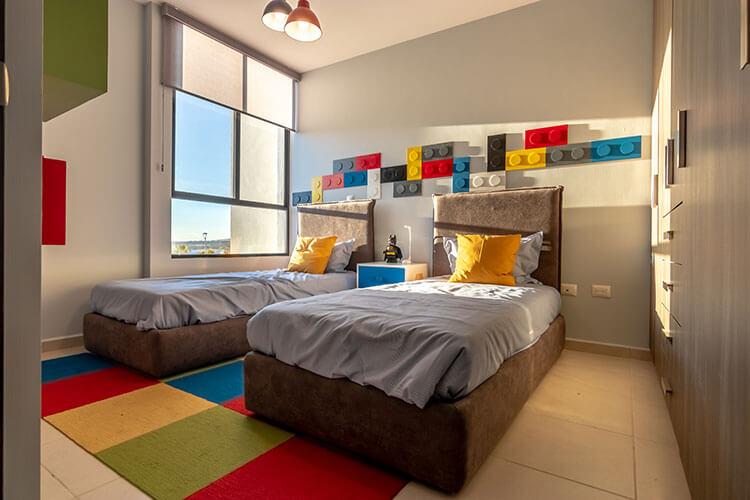 Recámara secundaria de casa modelo Lyra en Alhandra Residencial.
