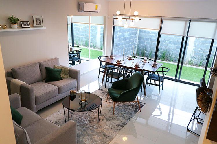 Sala de casa en Saltillo modelo Corella II en Montevista Residencial.