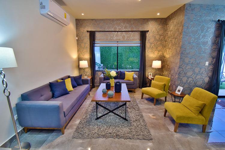 Sala de casa modelo Khali en Alyssa Residencial.