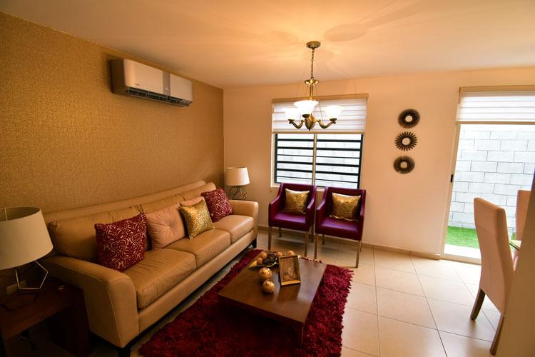 Sala de casa en Guadalupe modelo Provenza en Paseo Amberes.