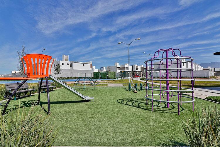 Área de juegos infantiles en Sorrento Residencial.
