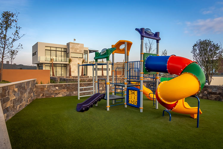 Juegos infantiles en Ankara Residencial.