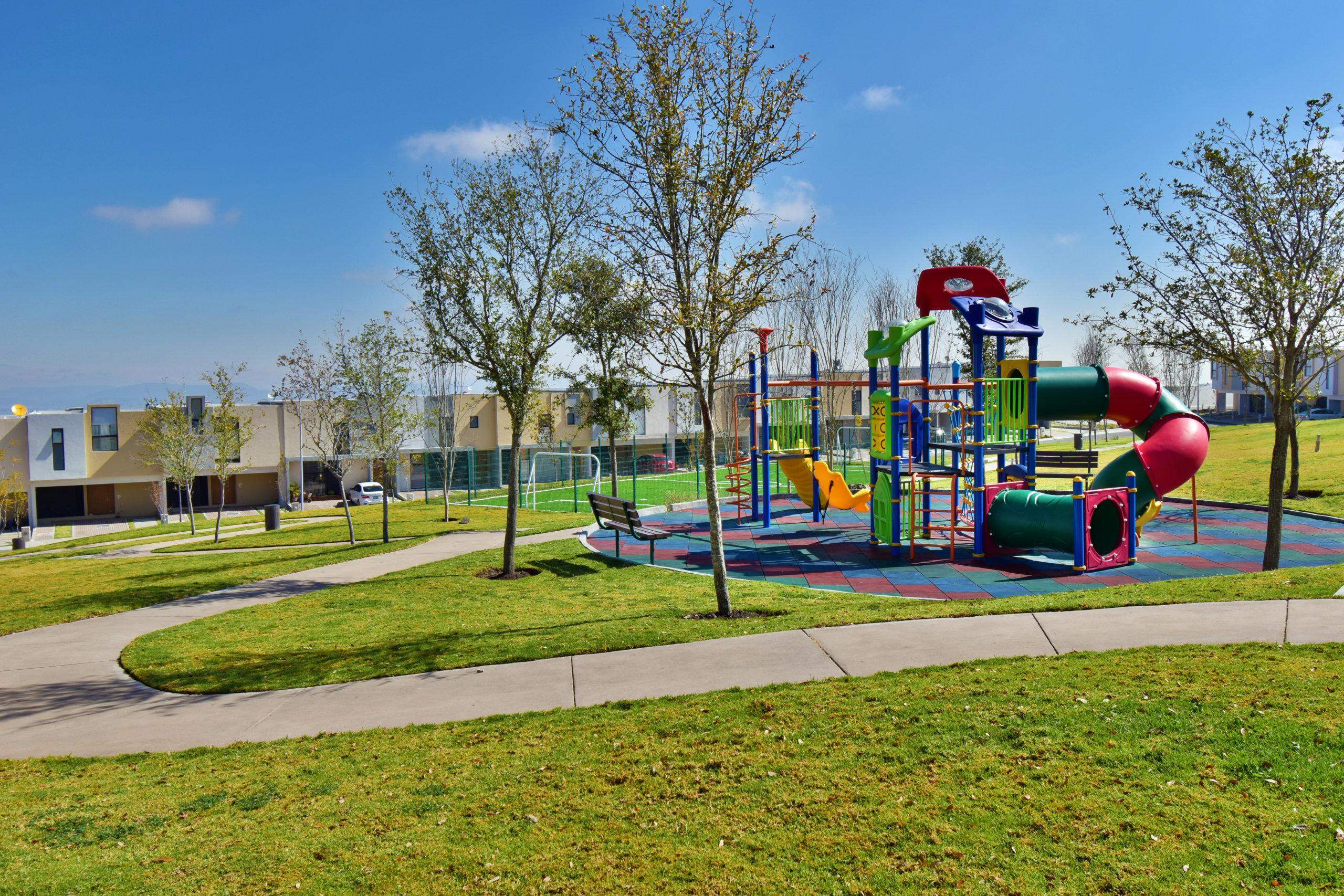 Área de juegos infantiles de fraccionamiento Antalia en Zibatá