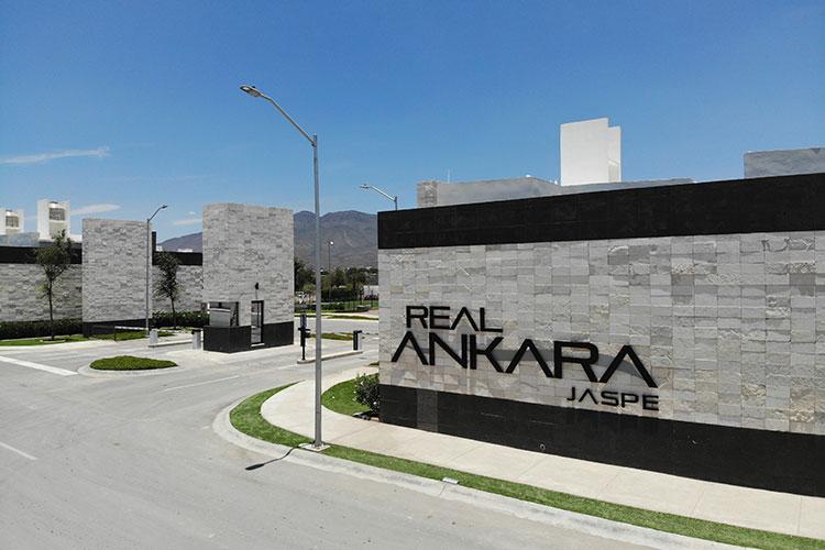Acceso fraccionamiento Real Ankara en Saltillo Coahuila