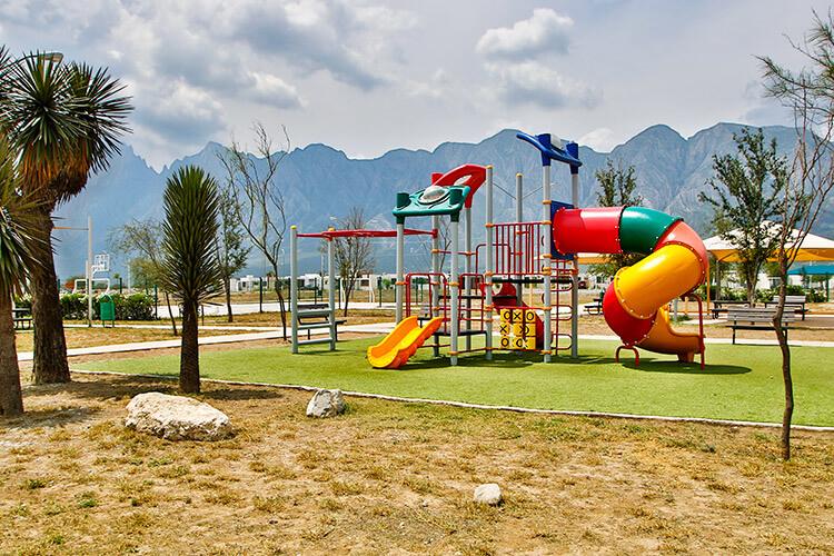 Área de juegos infantiles de fraccionamiento Vistabella en García
