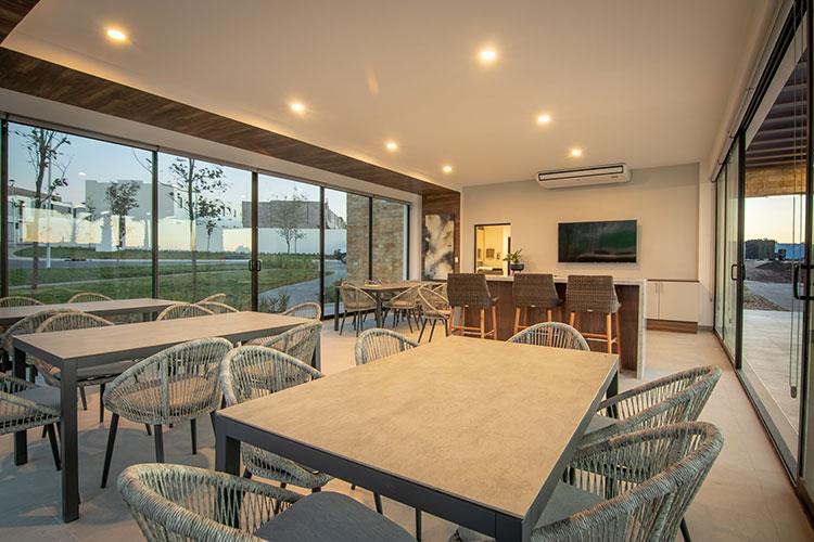 Casa club en fraccionamiento Alhandra Residencial