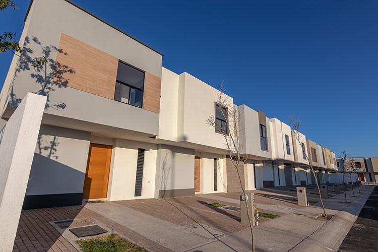 Casas en Zákia Querétaro de fraccionamiento Lenna
