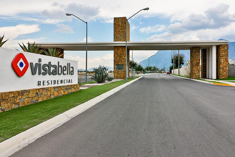 Acceso de fraccionamiento Vistabella en García Nuevo León