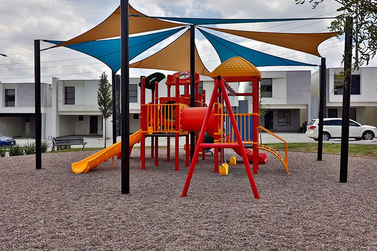 Área de juegos infantiles en fraccionamiento Altrysa Residencial